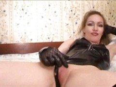 Russian Amateur - mom lick domination 3