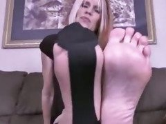 Pantyhose Foot Tease